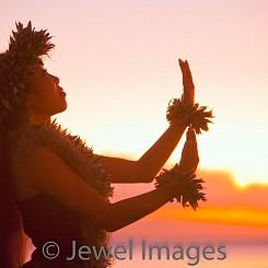005 Sunset Hula P008