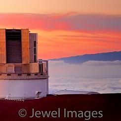 066 Subaru Telescope with Sunset I L013