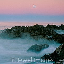 040 Moonset at Leffingwell Landing Cambria CA