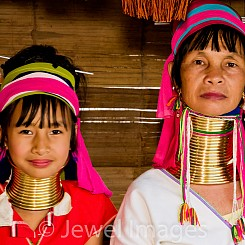 060 Longneck Tribe Mother and Daughter Thailand